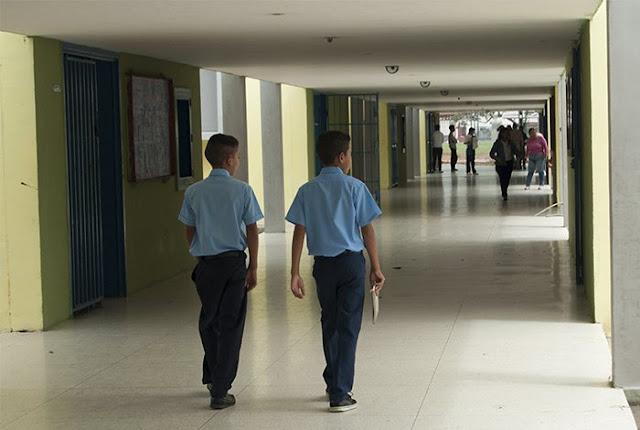 Deserción escolar en educación media asciende 78%