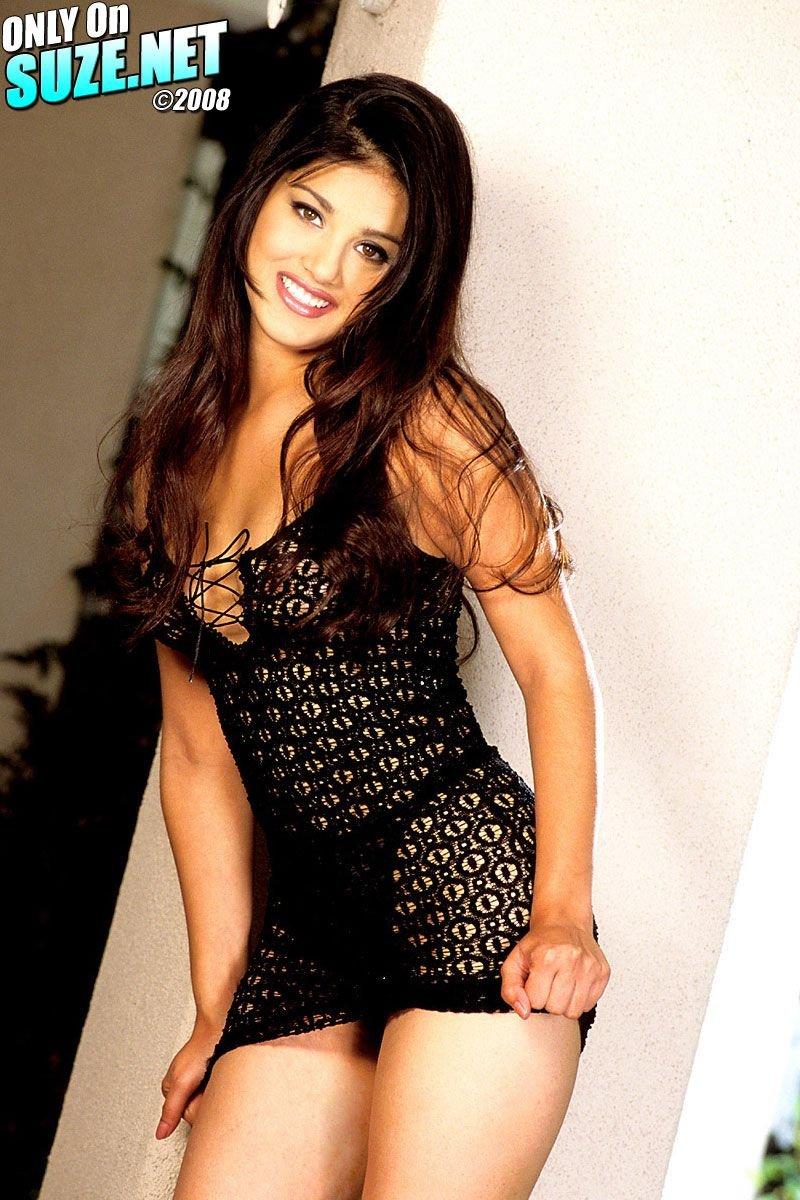 Sunny Leone Sexy Photos in Black Dress