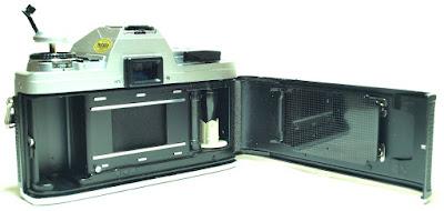 Minolta X-300 (Chrome) Body #347, Minolta MD Rokkor 50mm 1:1.7 #368