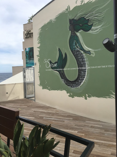 Nice Starbucks mural