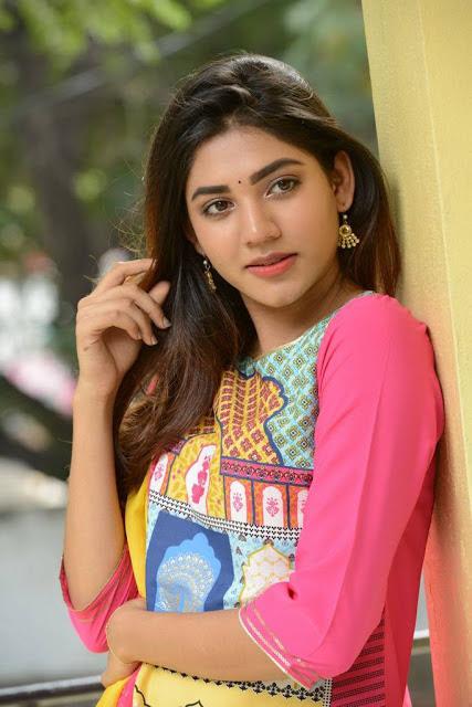 Sonakshi Singh Photos