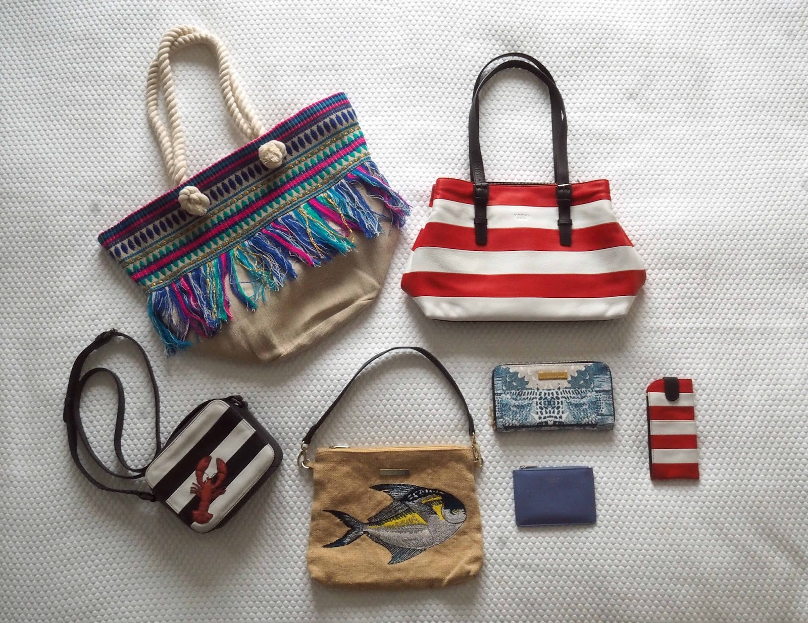 Nerja-holiday-packing-handbag-beach-bag-clutch-pouch-purse