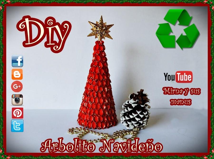 Cómo hacer árbol de navidad rojo con reciclaje