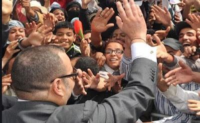 مغاربة العالم يثمنون العناية الملكية و يشيدون باهتمام جلالته الدائم بأبناء شعبه