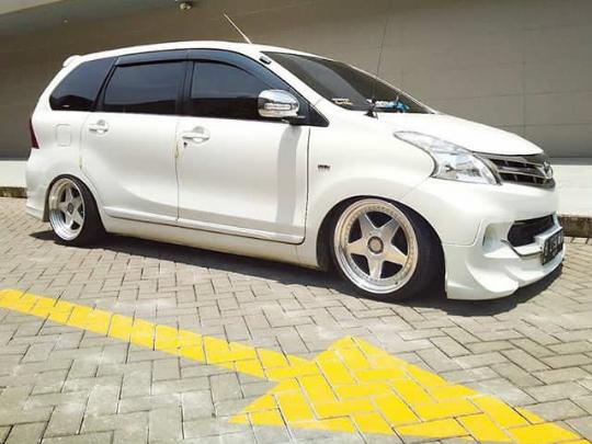 Modifikasi Mobil Avanza Warna Putih Terbaik 2020 - racing 48