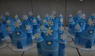 Centro de mesa castelo da Frozen (Fran E.V.Artes)