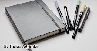 Buku Agenda merupakan salah satu rekomendasi hadiah valentine spesial yang anti mainstream