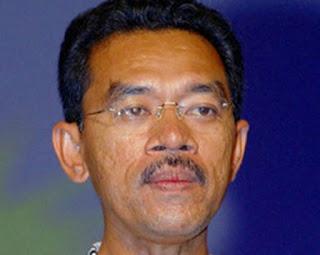 teganuku  Apakah Saman Royalti DiTarik Balik Oleh BN UMNO Masih ... c123170703