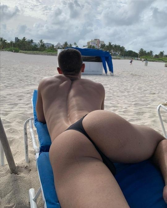 tanga brasilera hombre
