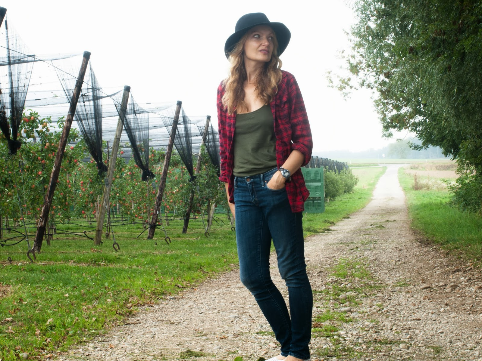 Janessa Leone hat, Ragoll La cami, Mother the looker, red plaid shirt, striped espadrilles