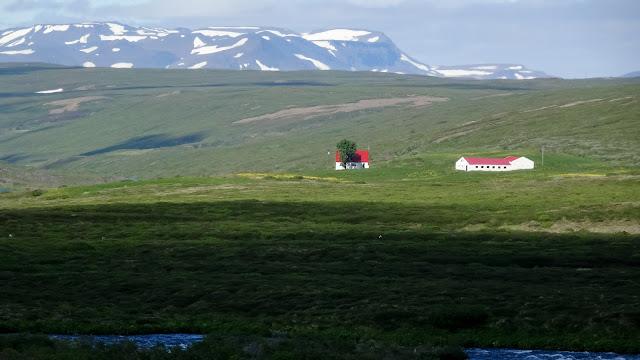 Landscape along the Ring Road