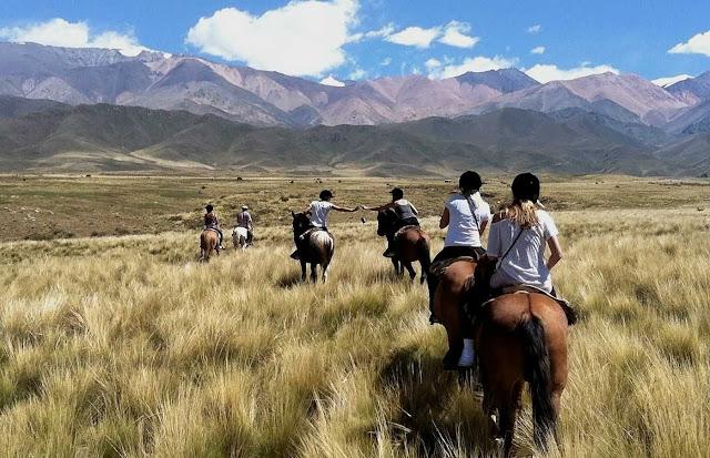 Passeio de cavalo em Mendoza, Argentina