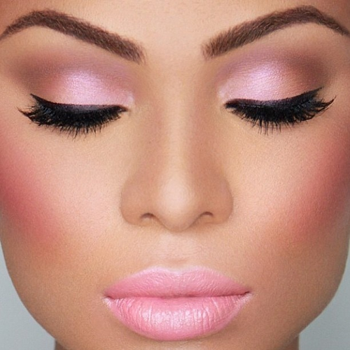 Using Pink Bridal Makeup on Your Wedding Day