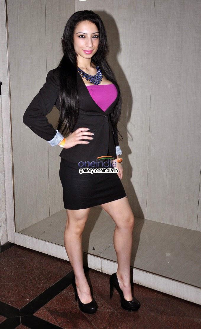 Shanti Dynamite Fan page