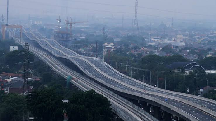 Jalan Tol Japek: Bikin Mual, Tak Cocok untuk Ibu Hamil