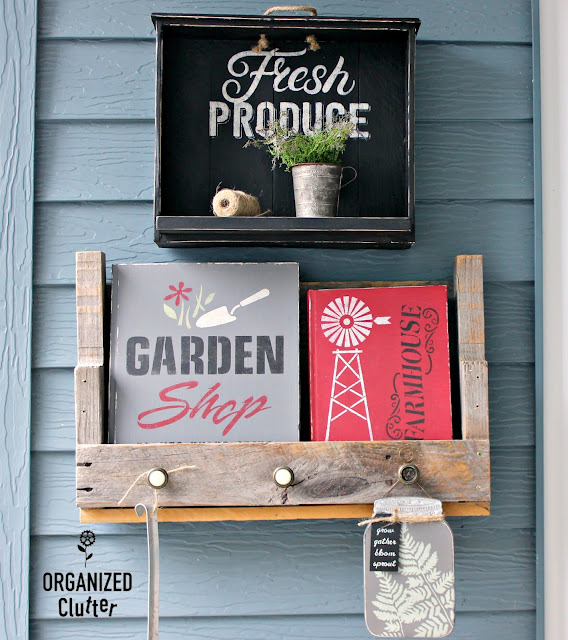 Decorating the Summer Covered Patio 2019 #stenciling #oldsignstencils #outdoordecor #rusticgarden #gardensign #upcycle #repurpose