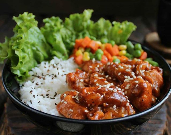 barbeque chicken rice bowl