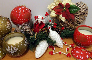 Bauble-shaped Christmas candles from Wax Lyrical