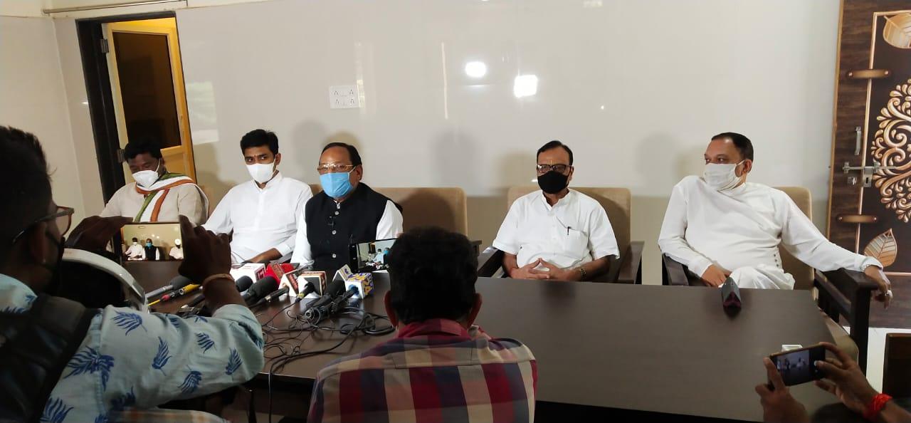 Jhabua News- पत्रकार वार्ता में क्षेत्रीय विधायक कांतिलाल भूरिया ने सांसद डामोर को भी लिया आडे़ हाथों