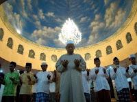 Dasar Hukum Melakukan Qunut Dalam Shalat Witir Ramadhan