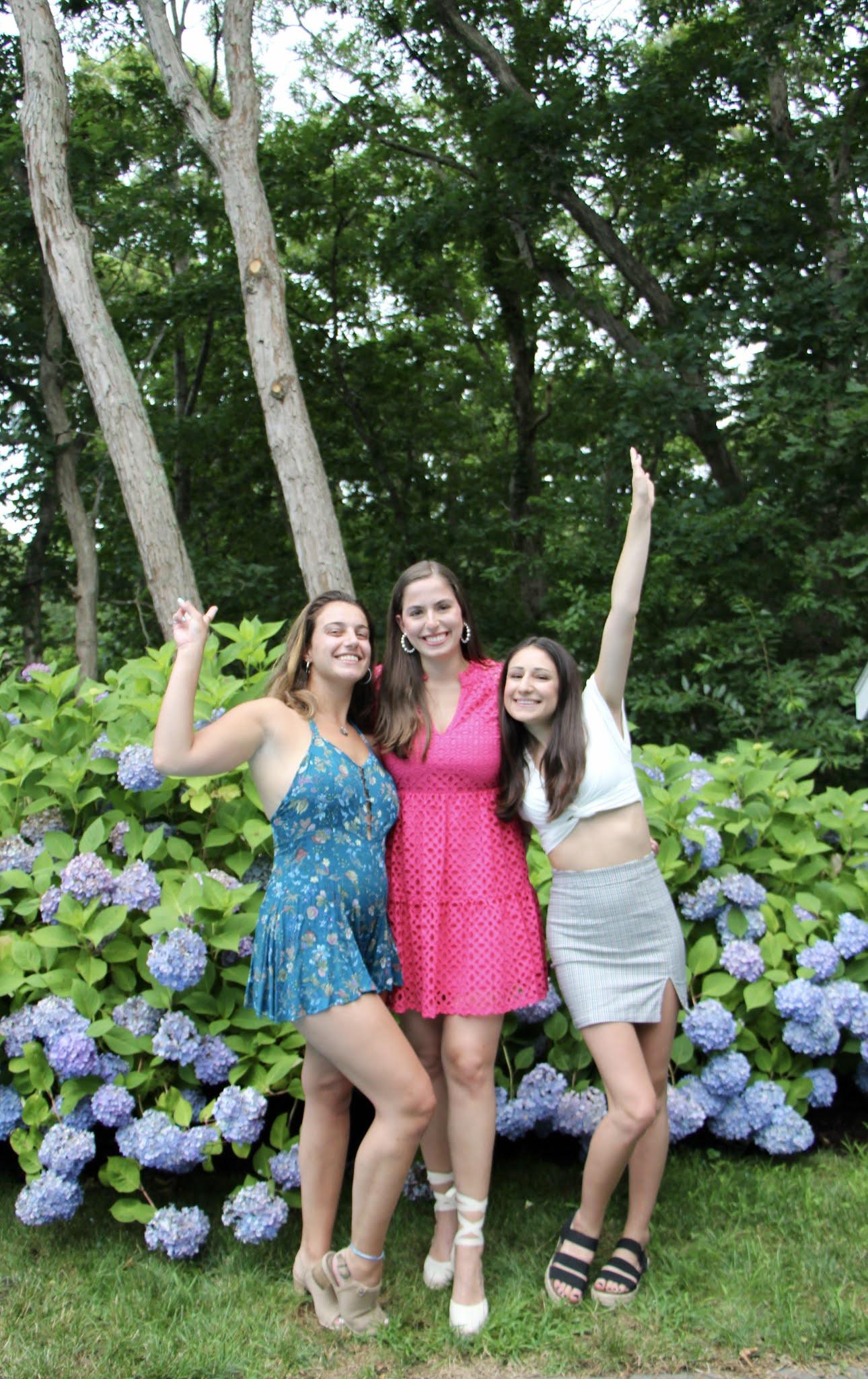 friends, long island, hamptons, flowers, travel, east hampton