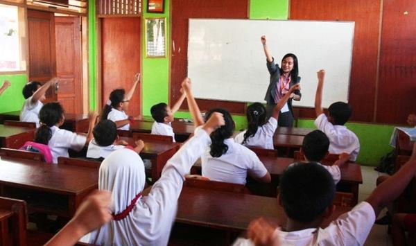 Kekurangan Guru, Kemendikbud Menyiapkan Data Kebutuhan Guru ke MENPAN RB dan BKN