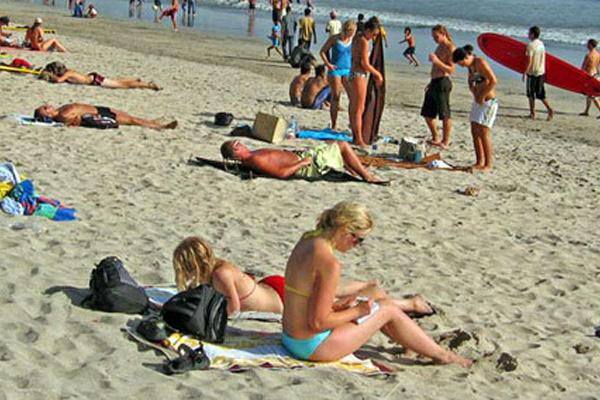 Pantai Kuta di bali