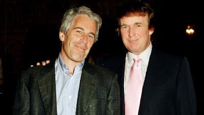 Fotografia de Jeffrey Epstein (à esquerda) e Donald Trump (à direita).