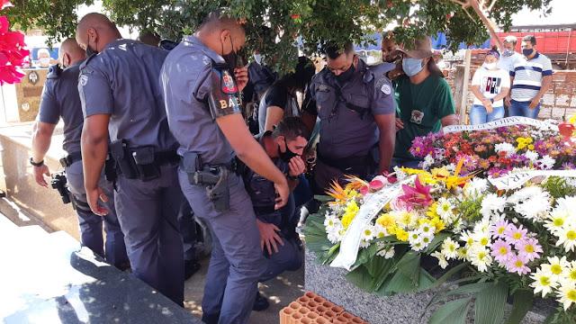 Corpo de PM venceslauense é sepultado com honrarias militares em Venceslau