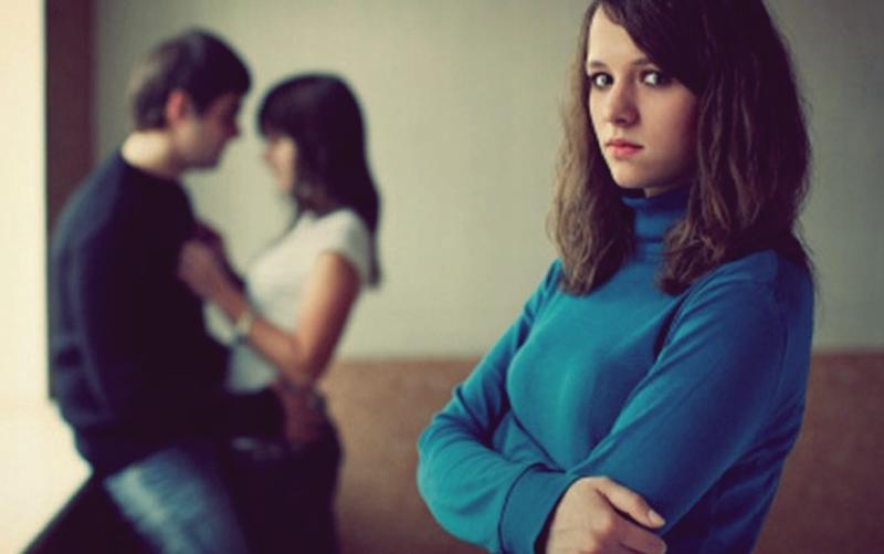 Kadın ve erkeklerin kıskançlıkları farklı mıdır?