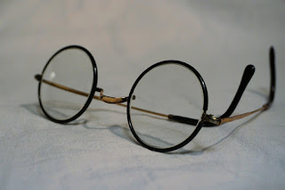 Reading glasses, spectacles