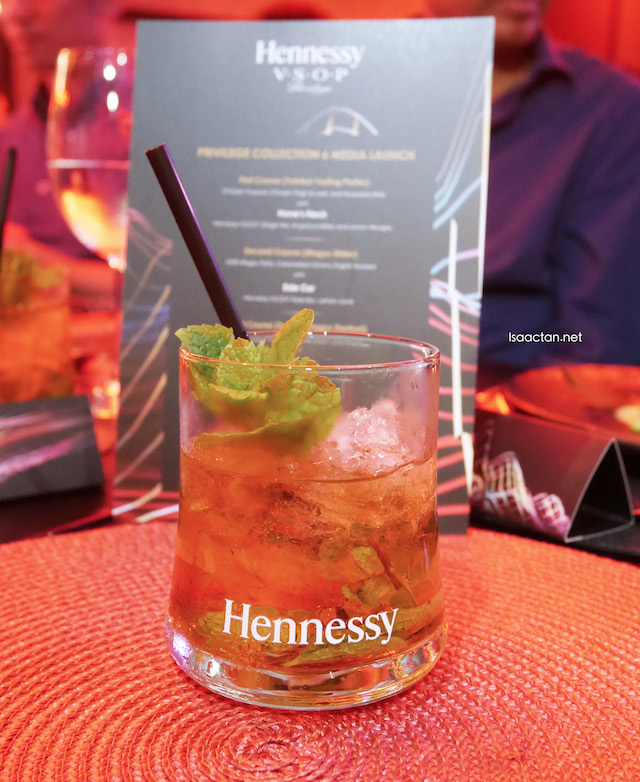 Paired with Mint Julep (Hennessy V.S.O.P, Angostura Bitters, Mint Leaves)