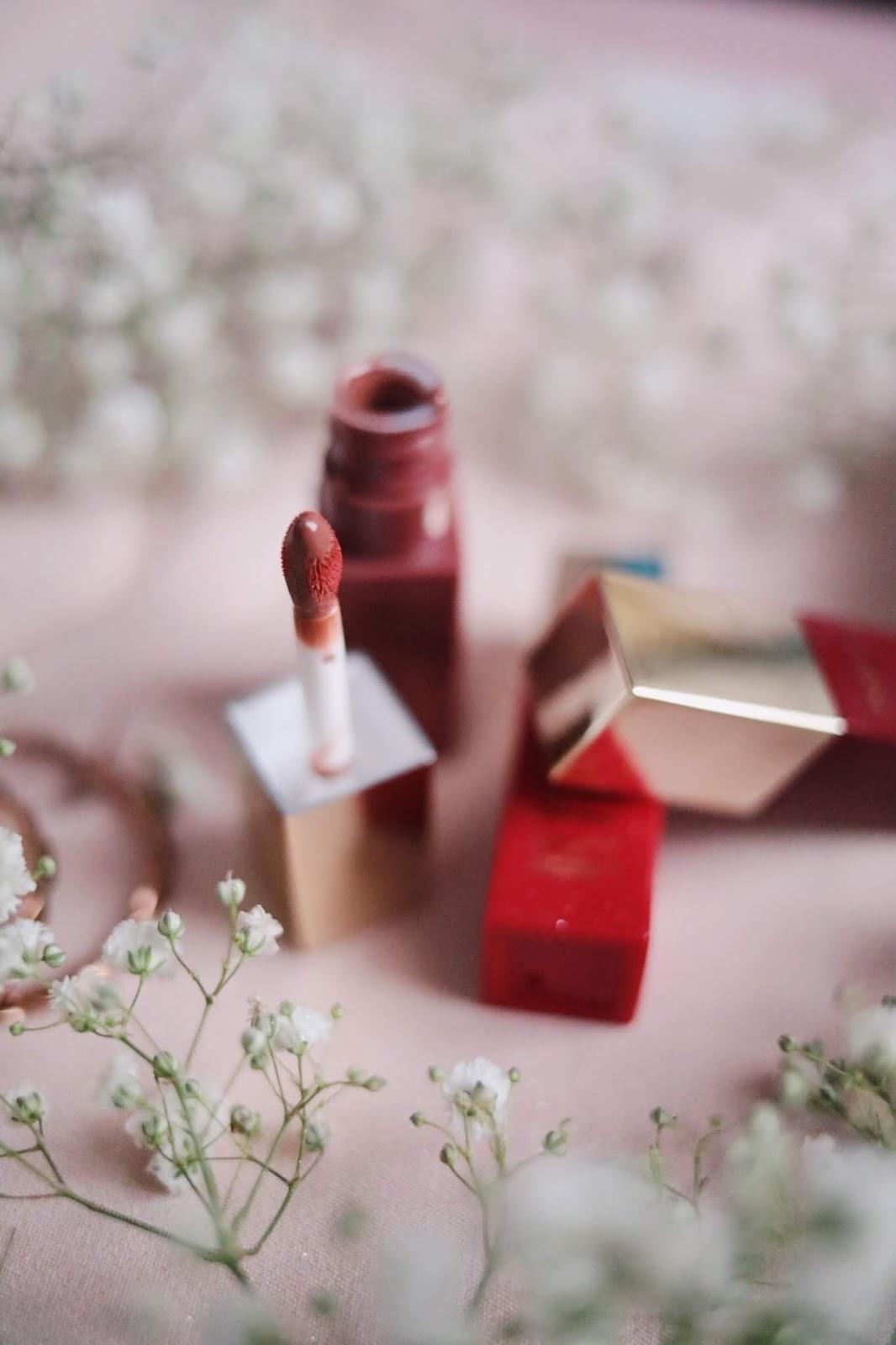 Clarins , huile confort , LIP COMFORT OIL INTENSE , huile à lèvres , rose mademoiselle , rosemademoiselle ,blog beauté , paris , Clarins France ,