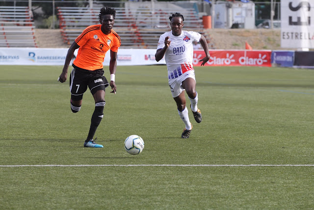 Universidad O&M y Cibao FC abren jornada sabatina de la LDF