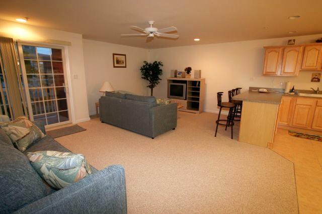 What Colour Carpet Goes With Magnolia Walls Carpet