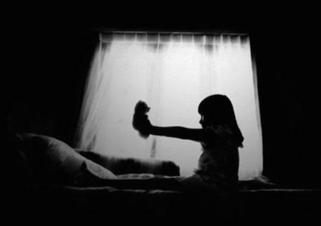 Ilustrasi Hantu Anak Kecil