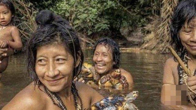 ilustrasi Suku Tanpa Laki-Laki