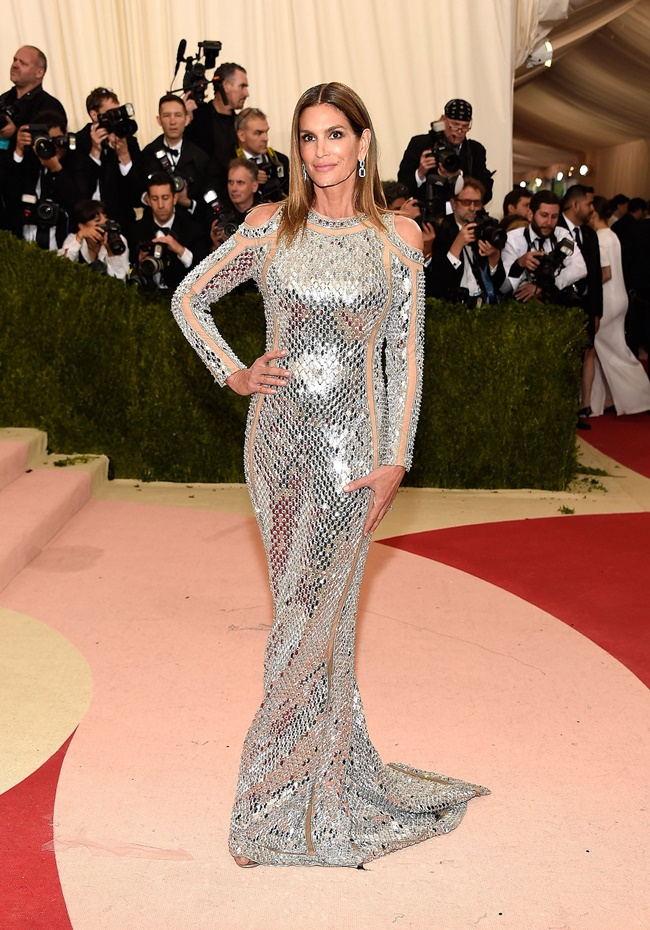 BEST LOOKS FROM MET GALA 16' - Shades Of Classy