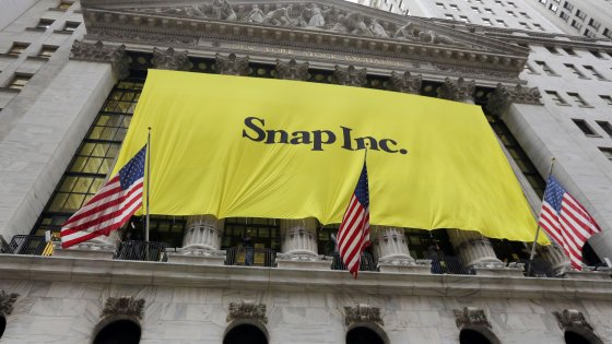 Snapchat, debutto boom a Wall Street: +44%. Vale 33 miliardi $