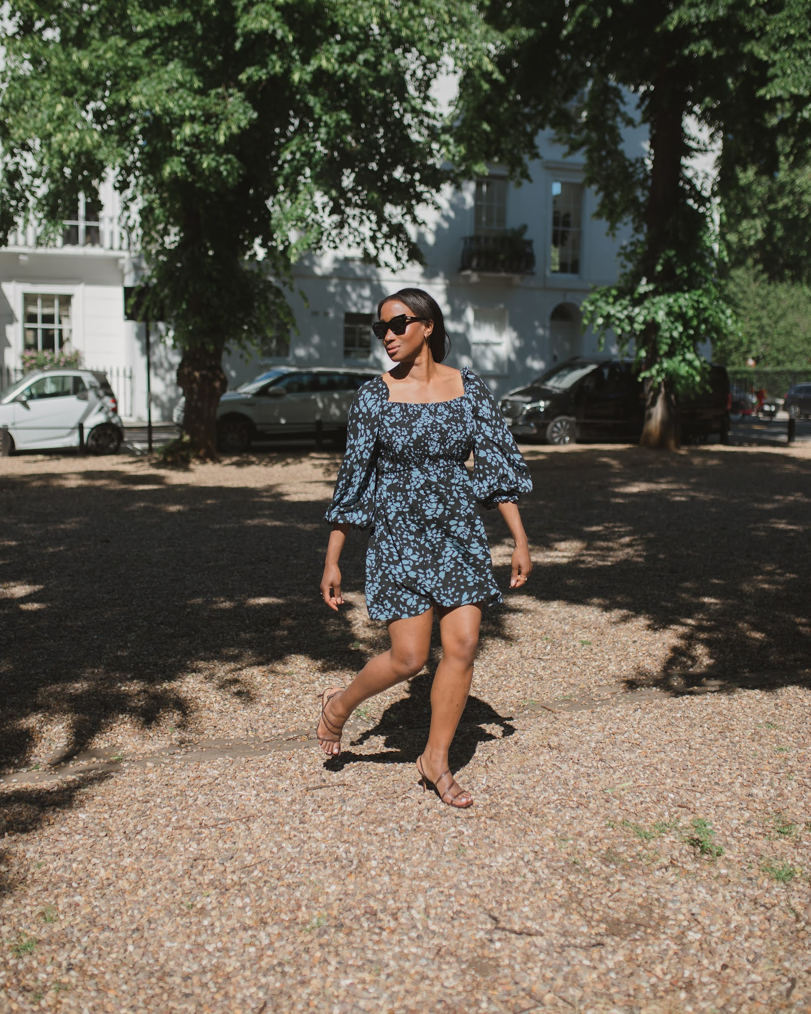 THE SUSTAINABLE POWER DRESS | SUMMER LOOK