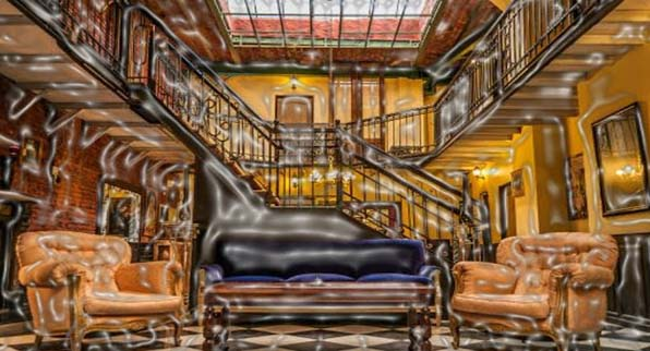 The Hostel Del900 Boutique is a serious place to stay while you are in Buenos Aires. The interior is as strange as the name itself, which gives you the touch of diverse royal environment. See the picture!