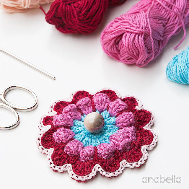 Flower crochet motif by Anabelia Craft Design