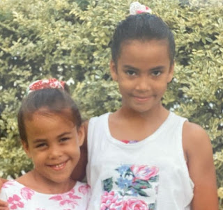 Childhood picture of Jodi Stewart with her sibling sister