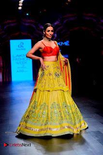 Bollywood Actress Malaika Arora Khan Walks on Ramp at LFW Summer 2017  0031.jpg