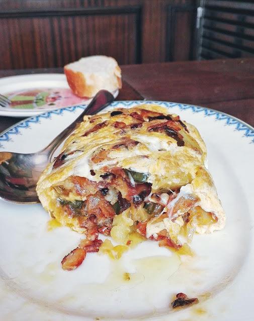 Tortillón de patata del Bar Hawai. Tortilla de patatas, Pamplona