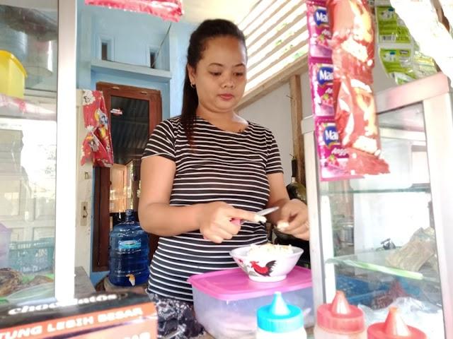 Dengan Resep Warisan Dari Orangtuanya, Perjual Soto Ayam Asal Parigi Raup Keuntungan Ratusan Ribu Per Hari