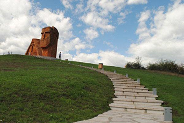 Artsaj registra 16.1% de crecimiento económico
