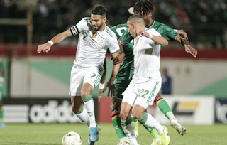ثلاث لاعبين جزائريين في التشكيلة المثالية الافريقية لسنة 2020