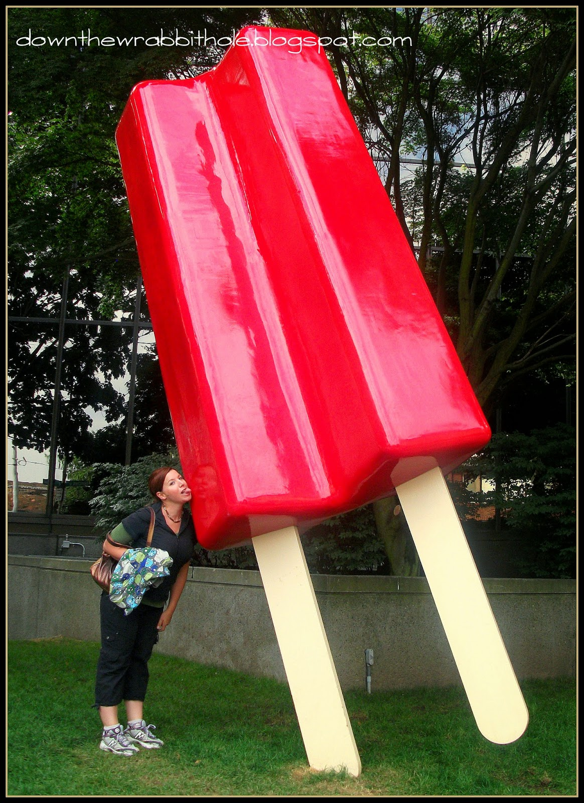 Seattle street art giant Popsicle red