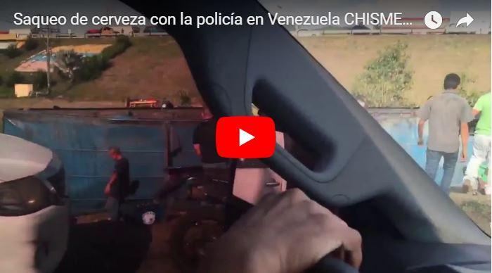 Saquearon camión de cerveza bajo la protección de la policía